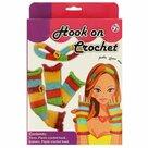 Haakpakket-voor-kinderen-handwarmers-en-haarband