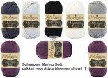 Attys-bloemenshawl-Merino-Soft-Scheepjes-lila-paars-7