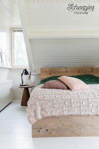 Thuis deken origineel van Scheepjes Catona origineel - Uit het boek Dekens enzo - Joke ter Veldhuis